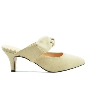 ⭐️ Women's Low Heel Nude Suede Mule With Bow